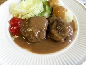 Kjøttkaker i brun saus