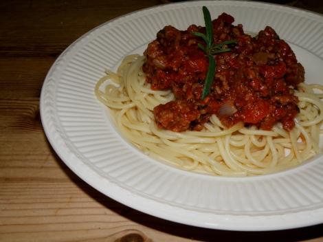 Kjøttsaus med spagetti